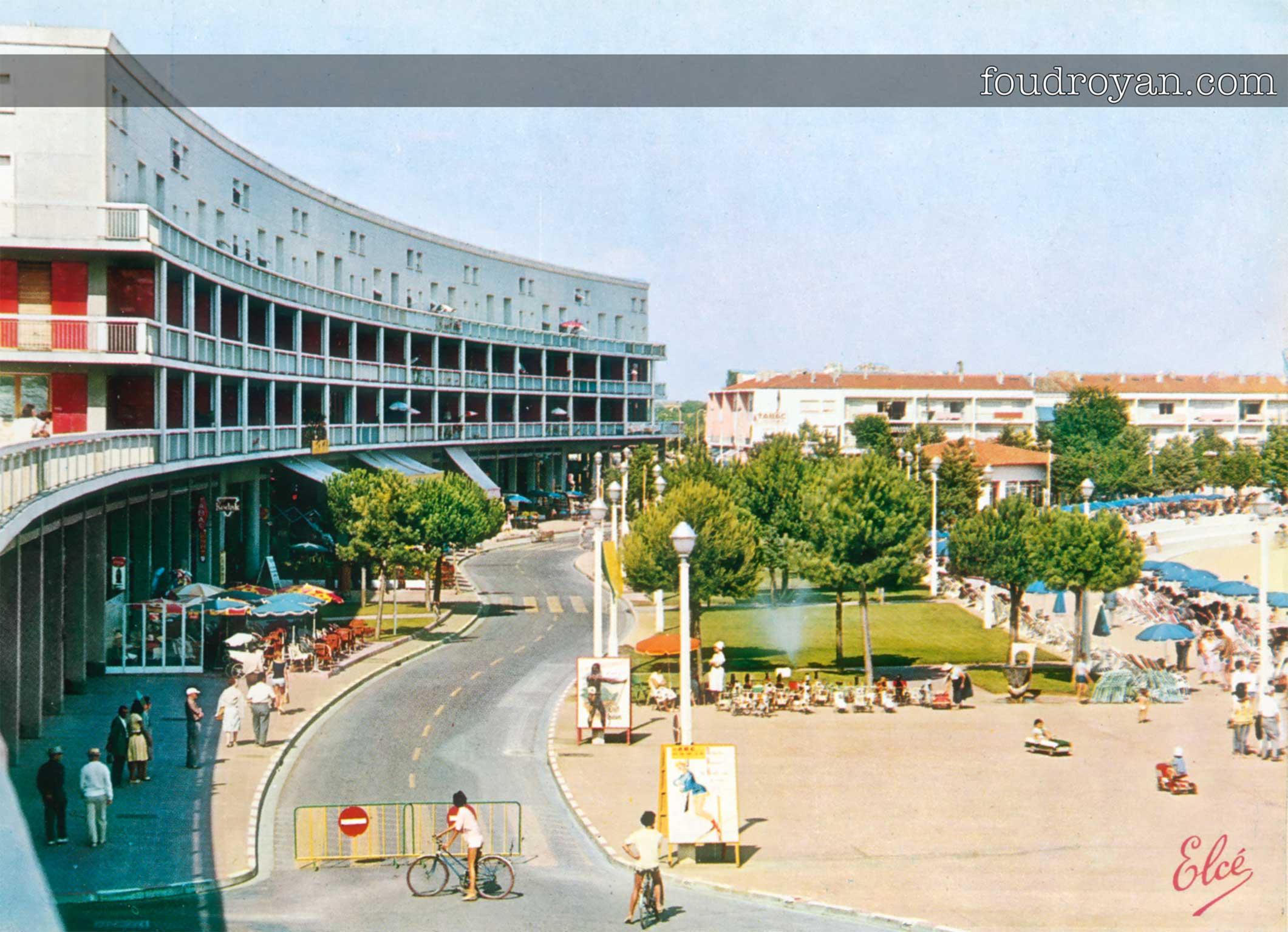 Le Front de mer de Royan en 1961 vu depuis le Portique