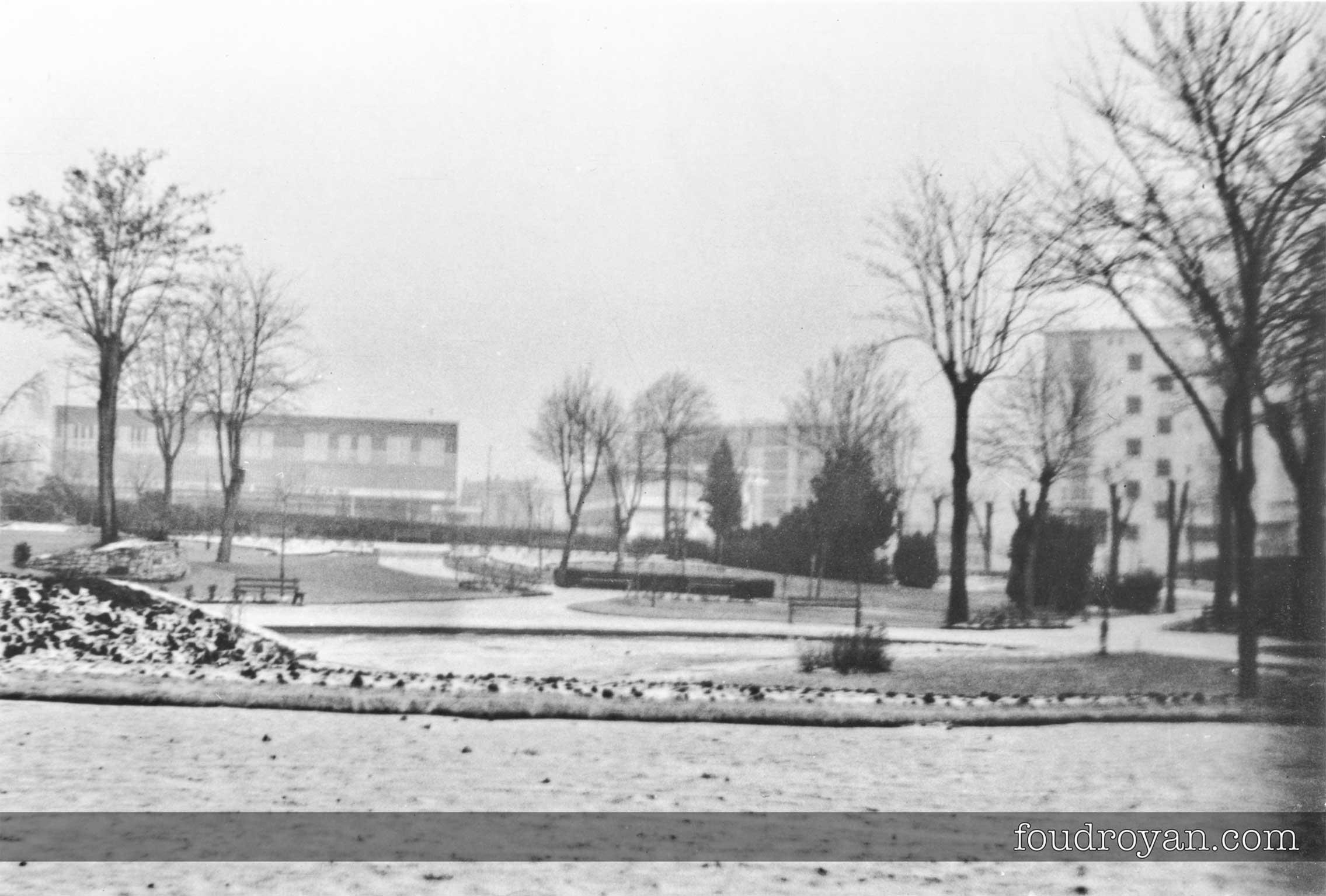 Jardin du Palais des Congrès de Royan sous la neige