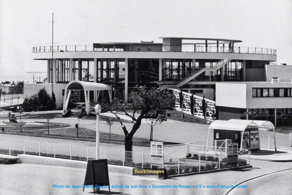 Casino Municipal de Royan vu du Portique (2)