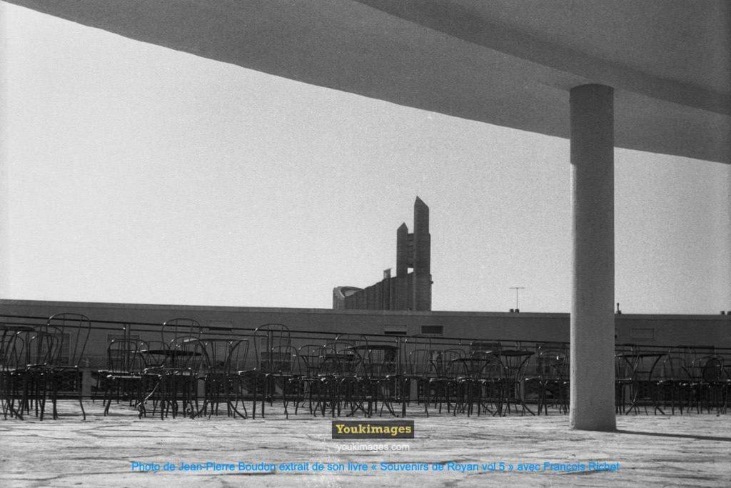 Toit terrasse du Casino Municipal de Royan (années 60)